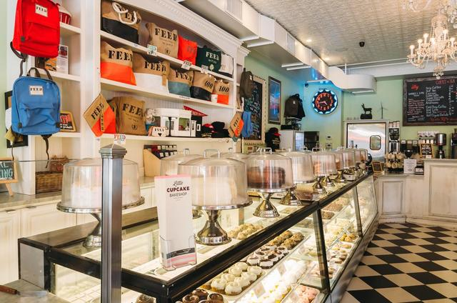 Little+Cupcake+Bakeshop+Brooklyn+Manhattan+New+York1.jpg