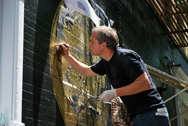 Shepard Fairey paints mural at LCB Prince Street